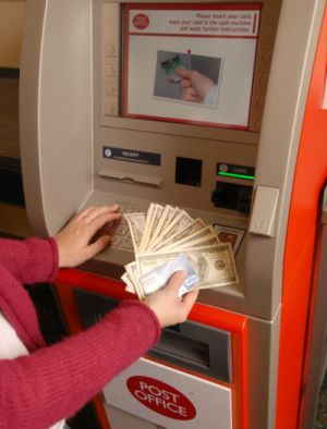 Finextra: UK Post Office trials multi-currency ATMs