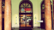UBS Building entrance 3