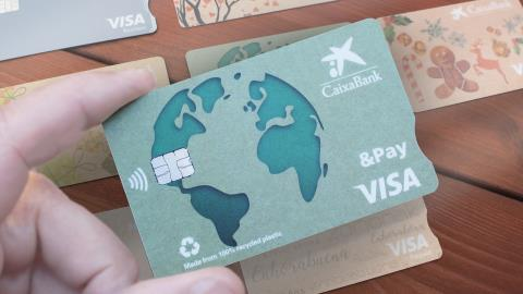 CaixaBank to replace cards with recycled material