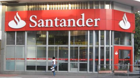 Got £20 a month to spare? Santander has a robo-advisor just for you