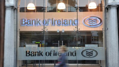 Bank of Ireland to close a third of branch network