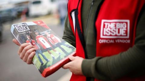 Big Issue vendors join contactless revolution