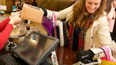 Barclaycard to trial contactless gloves
