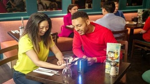 Barclaycard invites restaurant customers to 'Dine & Dash'