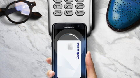 Samsung Pay gets international money transfers and virtual debit card